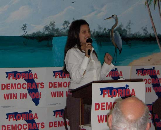 Michelle Mayorga spoke for gubernatorial candidate Jim Davis.